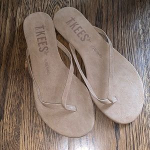 e7a337eea7db TKEES flip flops brown suede size 6